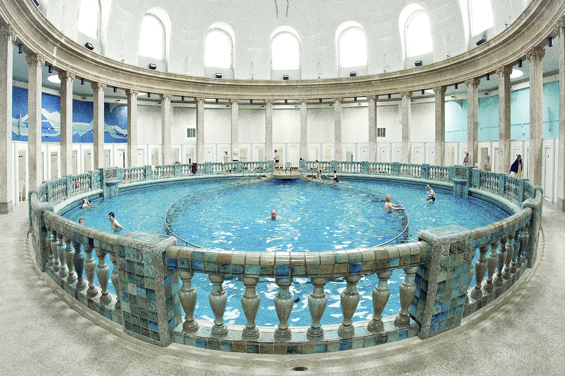 Piscine ronde nancy thermal asnieres sur seine maison - Piscine ronde nancy thermal asnieres sur seine ...