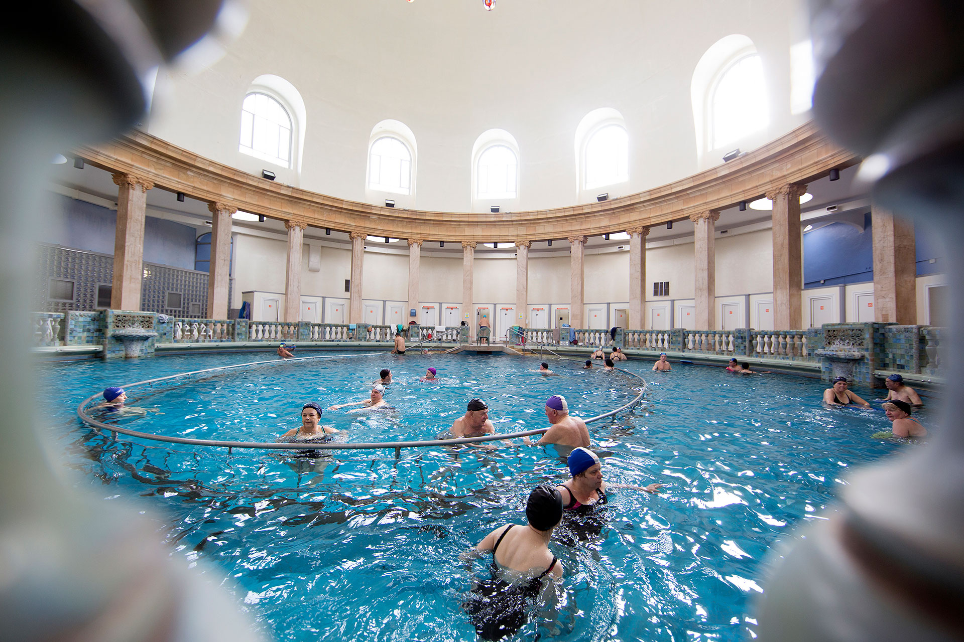 Piscine ronde nancy thermal nancy - Piscine ronde nancy ...